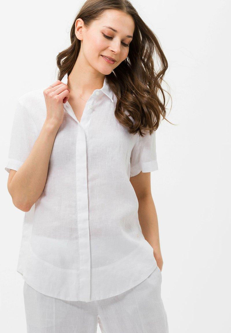 BRAX - STYLE VELIA - Button-down blouse - white