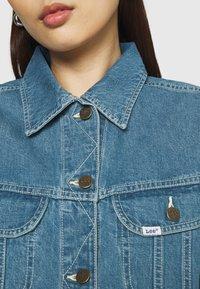 Lee - RELAXED RIDER JACKET - Denim jacket - blue denim - 5