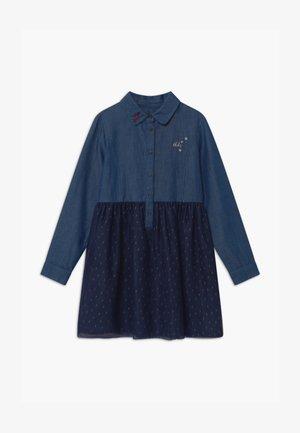 CHAMBRAY - Denimové šaty - indigo