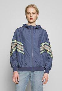 Urban Classics - LADIES INKA BATWING JACKET - Summer jacket - vintage blue - 0