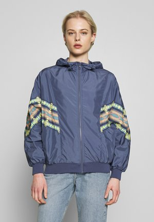 LADIES INKA BATWING JACKET - Summer jacket - vintage blue