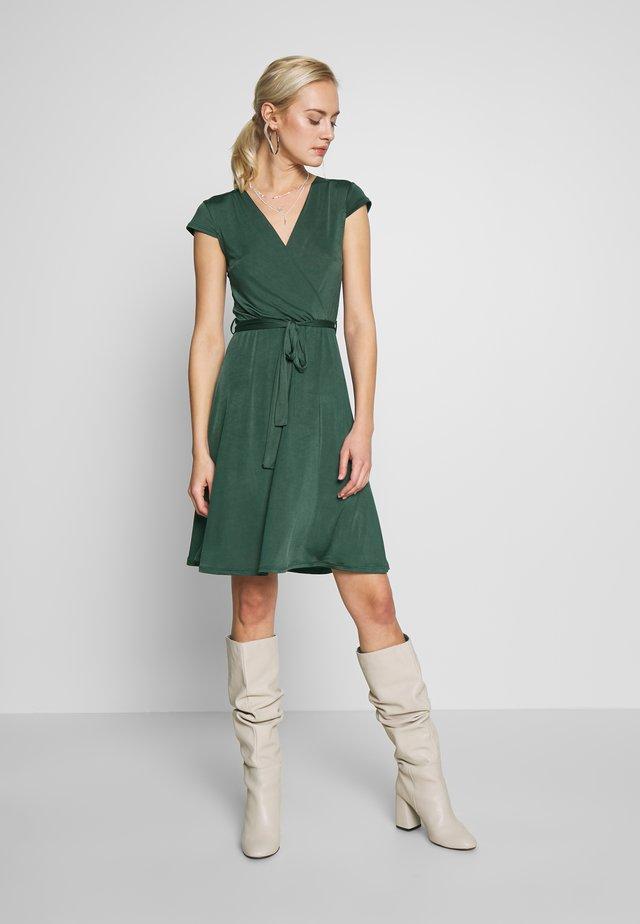 LONGSLEEVE WRAP MIDI - Jersey dress - scarab