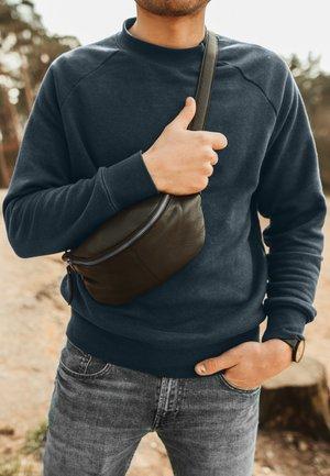 CILLIAN - Bum bag - schwarz silber