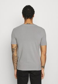 G-Star - SLIM BASE R T S\S - Basic T-shirt - charcoal - 2