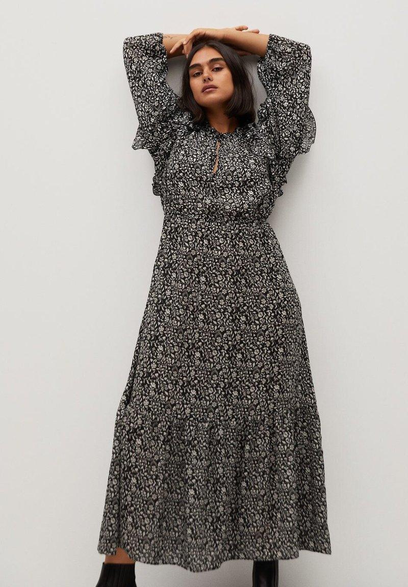 Violeta by Mango - FLOWER - Maxi dress - schwarz