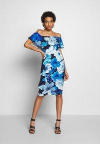 Dorothy Perkins - LUXE FLORAL BARDOT DRESS - Etuikjole - blue - 1