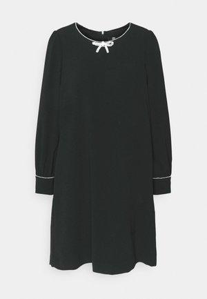 Cocktailjurk - black