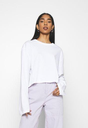 SMASH LONG SLEEVE - Long sleeved top - white