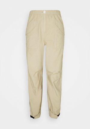 ANGELA FIELD PANT - Bukse - khaki