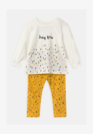 NBFNICOLA BABY SET - Leggings - Trousers - snow white/spicy mustard