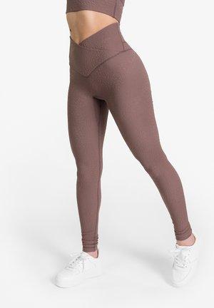 ELIXER CONCEAL - SHAPING SPORTLEGGING - Leggings - mocha breeze