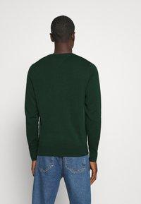 Tommy Hilfiger - BLEND CREW NECK - Pullover - green - 2
