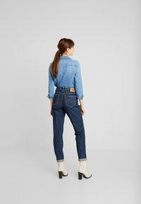 Lee - TAILORED MOM - Straight leg jeans - dark worn - 2