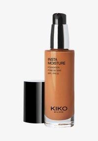KIKO Milano - INSTAMOISTURE FOUNDATION - Foundation - 9.5 gold - 0
