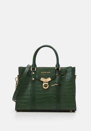 SATCHEL - Handbag - moss