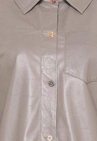 Oakwood - ANAE - Leather jacket - mastic - 5