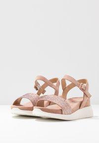 Alma en Pena - Platform sandals - old pink - 4