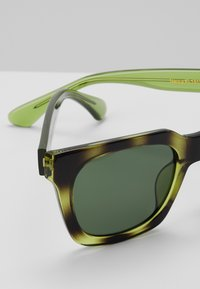 A.Kjærbede - NANCY - Sunglasses - demi olive - 2