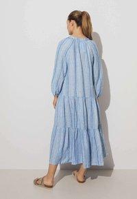 OYSHO - Day dress - blue - 1