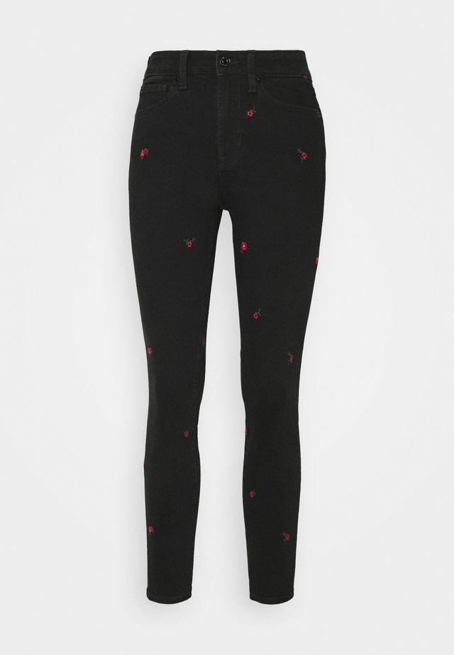 Skinny džíny - true black