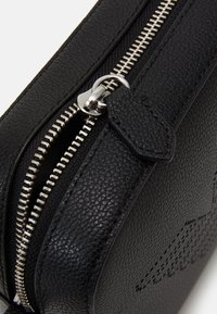 Emporio Armani - GRENETTE WOMENS CAMERA BAG - Across body bag - nero - 3