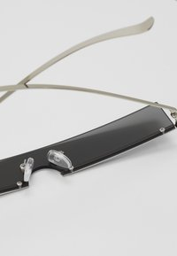 Vintage Supply - SUNGLASSES UNISEX - Okulary przeciwsłoneczne - black/silver-coloured - 2