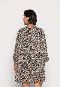 ONLY - ONLSTAR FRILL SHORT DRESS - Vardagsklänning - pumice stone - 2