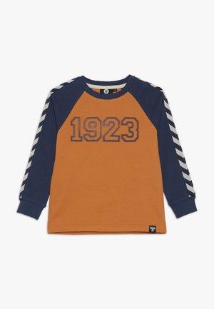 HMLLUCKY - Bluzka z długim rękawem - apricot buff