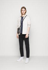 JOOP! Jeans - AMBROS  - Triko spotiskem - dark blue - 1
