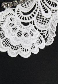 N°21 - TEE - Print T-shirt - black - 2