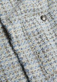 Mango - MIT TASCHEN - Summer jacket - himmelblau - 8