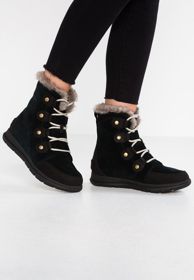 EXPLORER JOAN - Snowboots  - black/dark stone