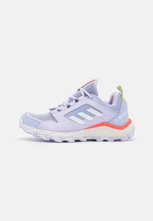 TERREX AGRAVIC TR - Minimalist running shoes - violet tone/footwear white/solar red