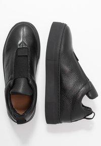 Selected Femme - SLFANNA  - Loafers - black - 3