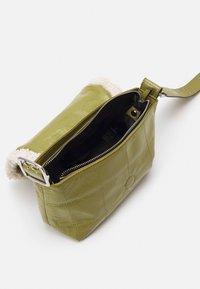 Topshop - SHOULDLER - Across body bag - olive - 2
