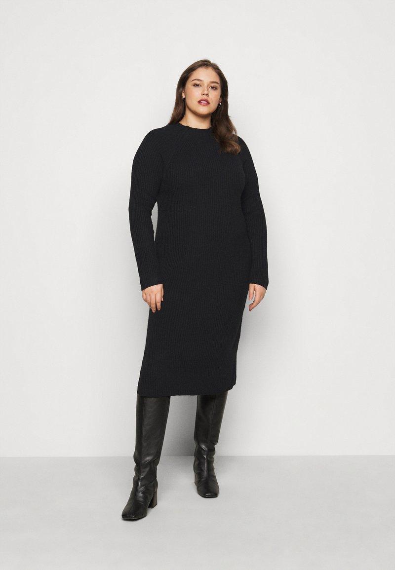 Pieces Curve - PCDISA MOCK NECK DRESS CURVE - Jumper dress - black
