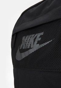 Nike Sportswear - ELEMENTAL UNISEX - Ryggsekk - black/white - 3