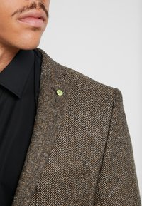 Twisted Tailor - SNOWDON - Giacca - brown - 3