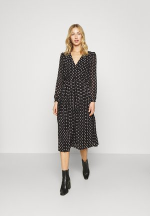 NIKI - Maxi dress - black