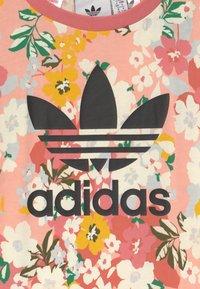 adidas Originals - FLORAL TREFOIL - Print T-shirt - trace pink/multicolor/black - 2