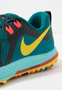 Nike Performance - AIR ZOOM WILDHORSE 5 - Løbesko trail - geode teal/chrome yellow/black/aurora green/bright crimson - 6