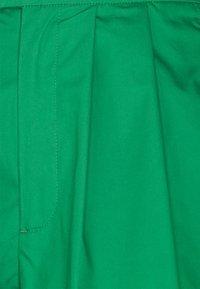 Gina Tricot - AMBER - Shorts - grass green - 2
