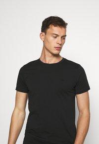 LTB - 2 PACK  - Basic T-shirt - black - 4