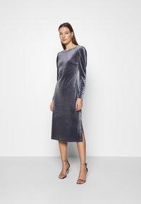 Saint Tropez - CALLIESZ LONG DRESS - Cocktail dress / Party dress - folkstone gray - 0