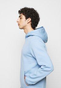 Holzweiler - FLEEK HOODIE - Sweatshirt - blue - 4
