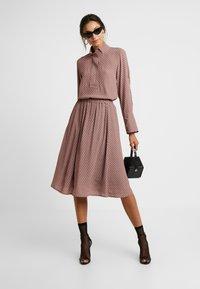And Less - ABIRA SKIRT - A-line skirt - henna - 1