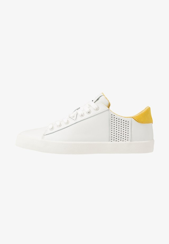 HOOK - Sneakers - offwhite/dark ochre