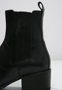 Vagabond - MARJA  - Kotníkové boty - black - 5