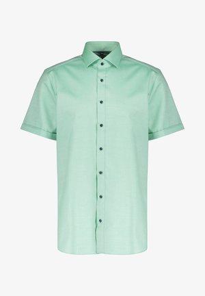 BODY FIT KURZARM - Shirt - grün