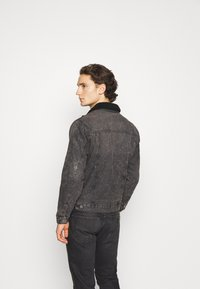 Redefined Rebel - DENNIS JACKET - Džínová bunda - dark grey - 0